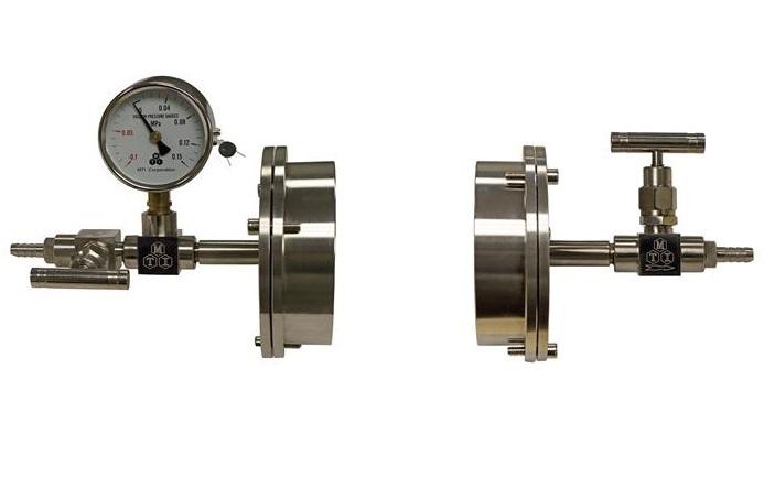 Vacuum system seals